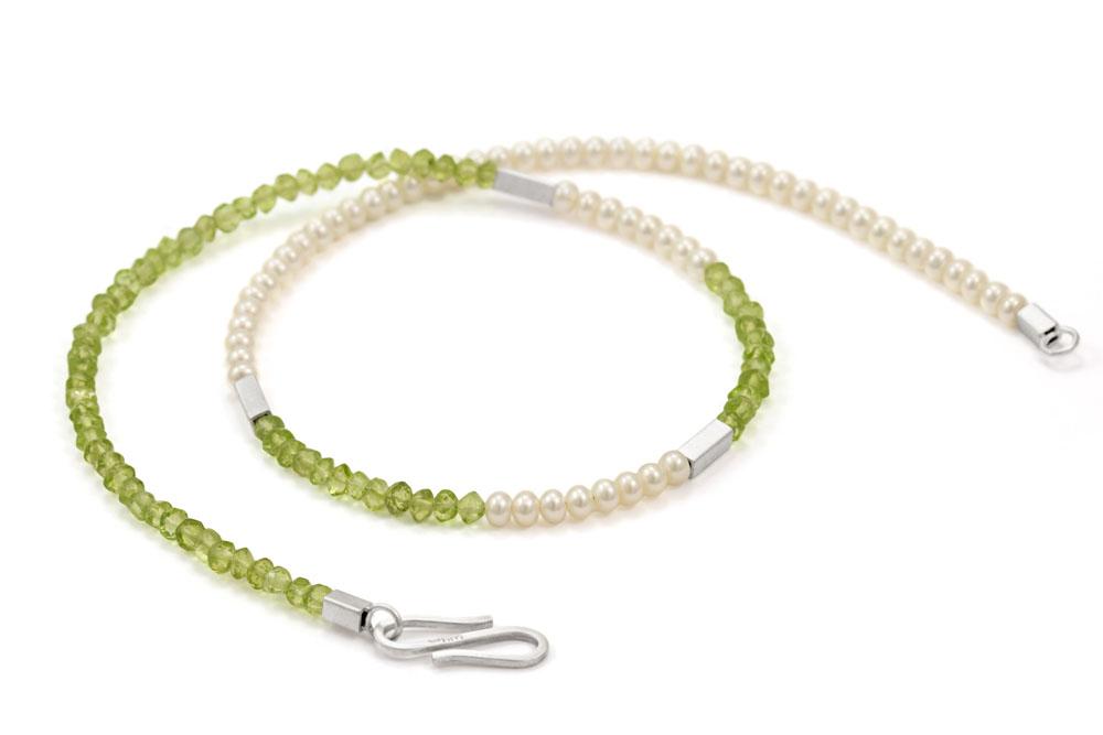 kurze Kette MERLE Peridot Perlen