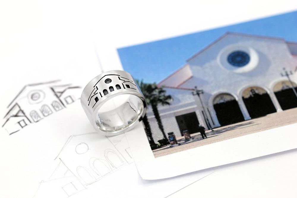 Ring mit ausgesägtem Motiv
