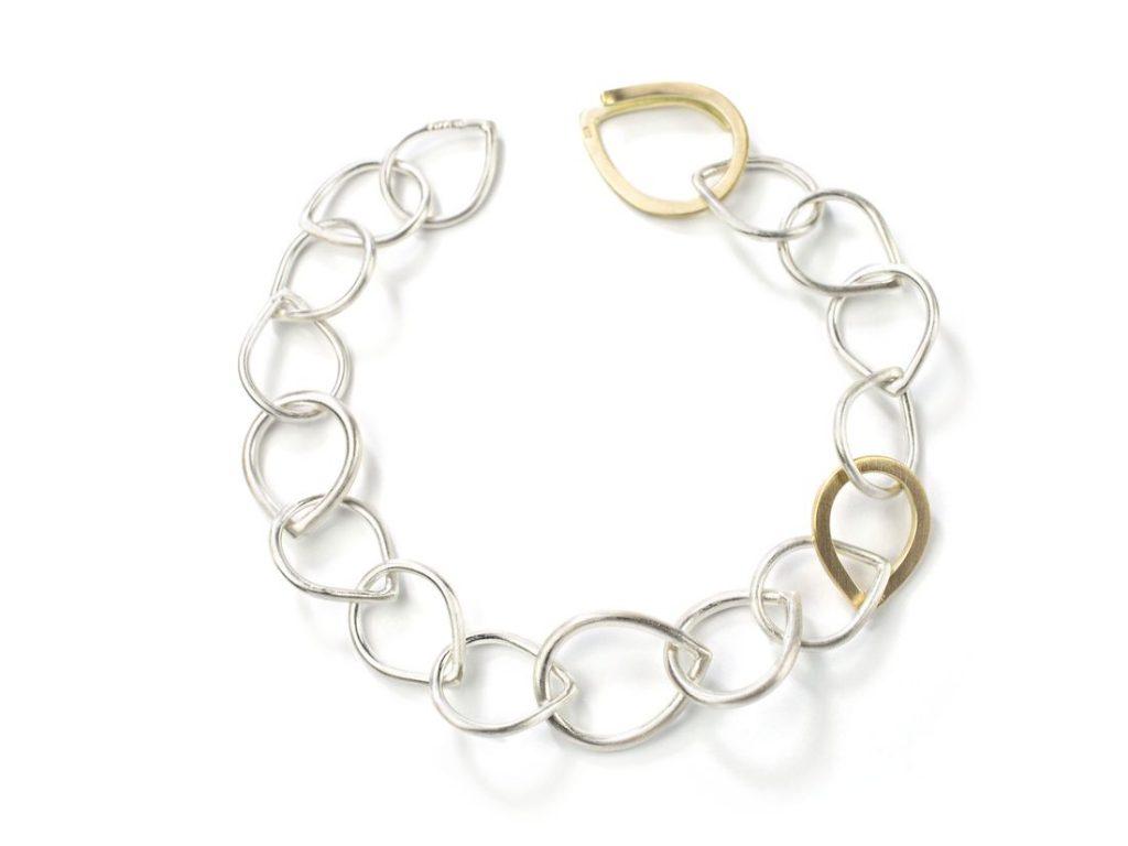 Armband aus Ösen Tropfenform Silber Gelbgold