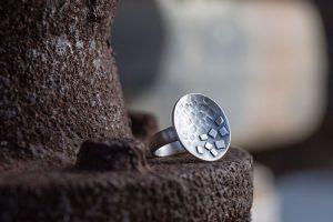 Silberring geschwärzt MAEVA von ringleinshop