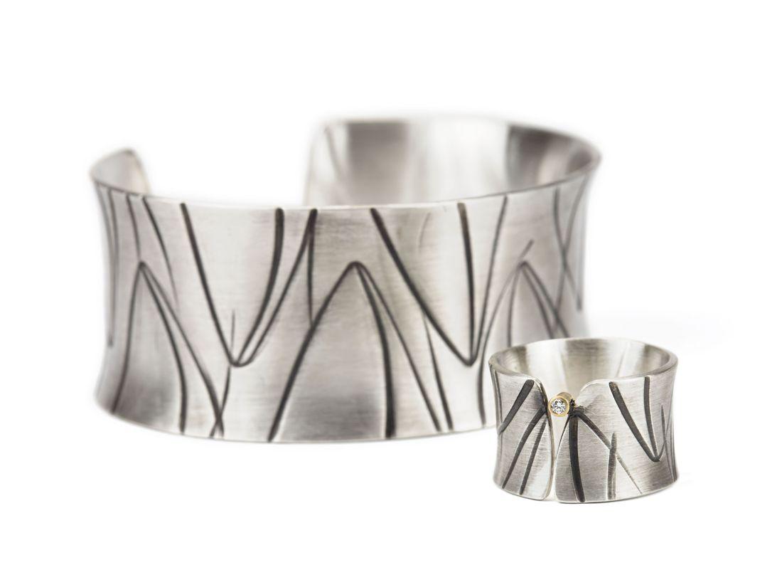 Ring Und Armreif Silber geschwärzt