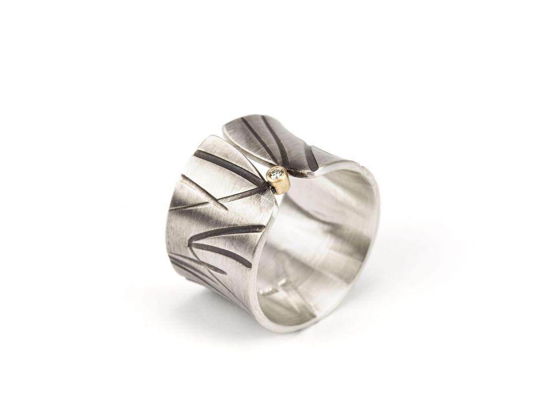 breiter konkaver Silberring