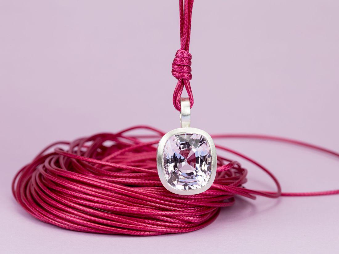 Silberanhänger mit Kunzit rosaviolett