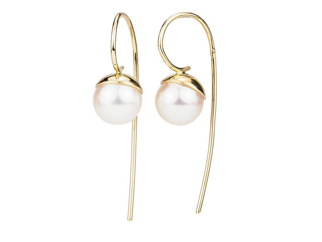 Goldohrringe hängend weiße Perlen